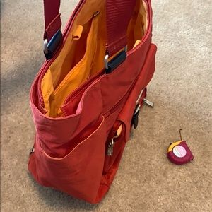 Baggallini Bags - Baggallini Town Tote Carry-On